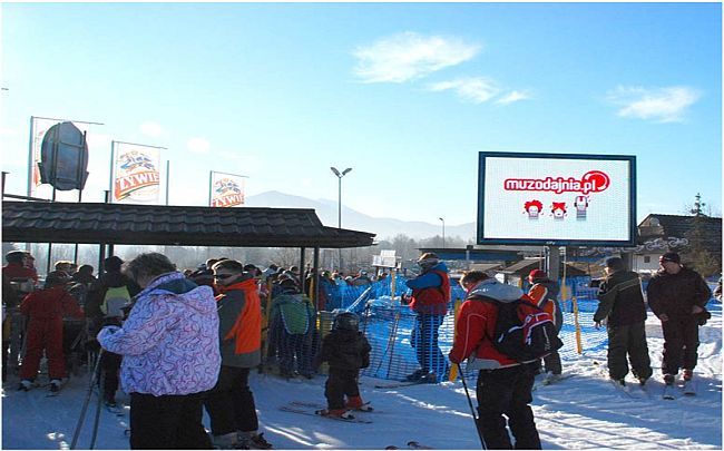 Digital advertising on ski slopes in mountain resorts Poland +48 502 ... db1a7ab82bee